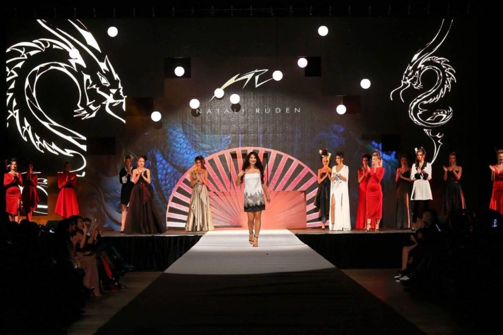 Dne v 25. 9. 2018 Natali Ruden představila svou novou autorskou přehlídku Asia